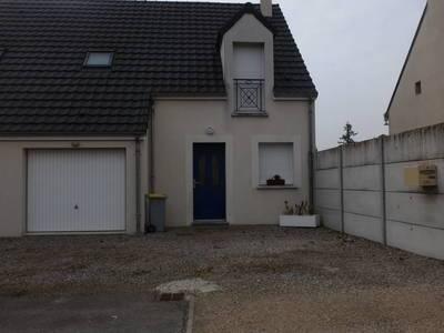 Location maison 92m² Sougy (45410) Orléans
