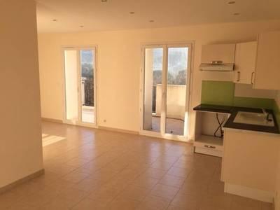 Location appartement 2pièces 45m² Plan-De-Cuques (13380) - 800€