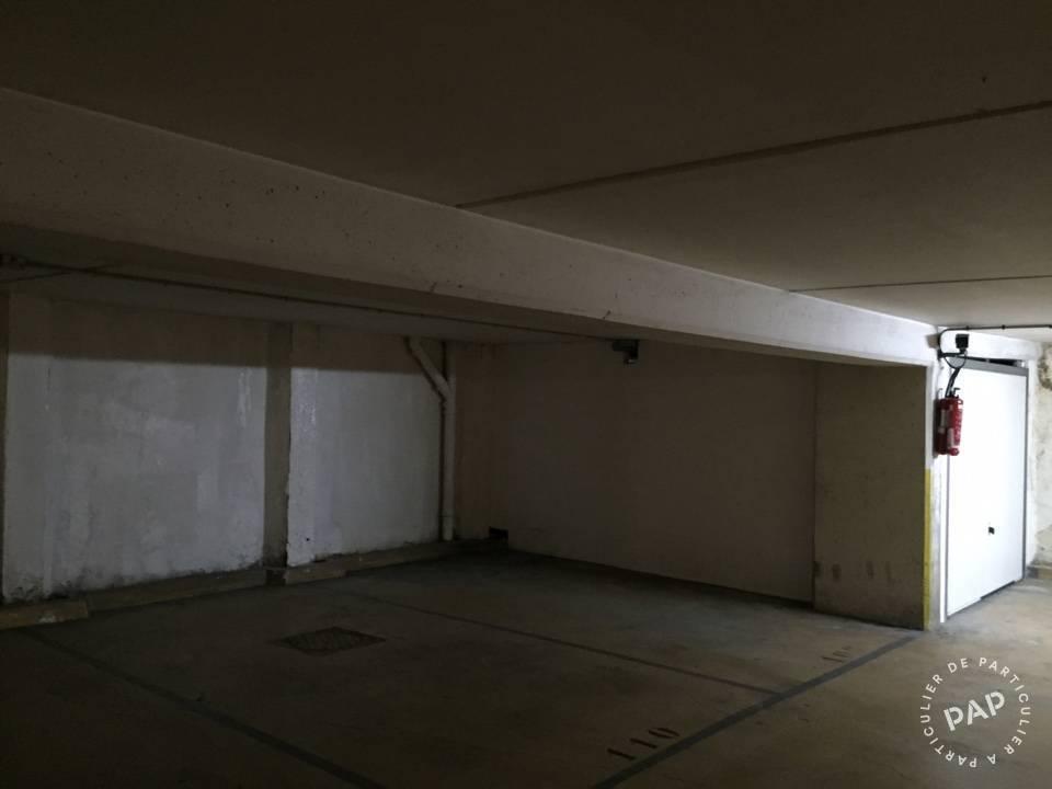 location garage parking clamart 92140 69 e de particulier particulier pap. Black Bedroom Furniture Sets. Home Design Ideas