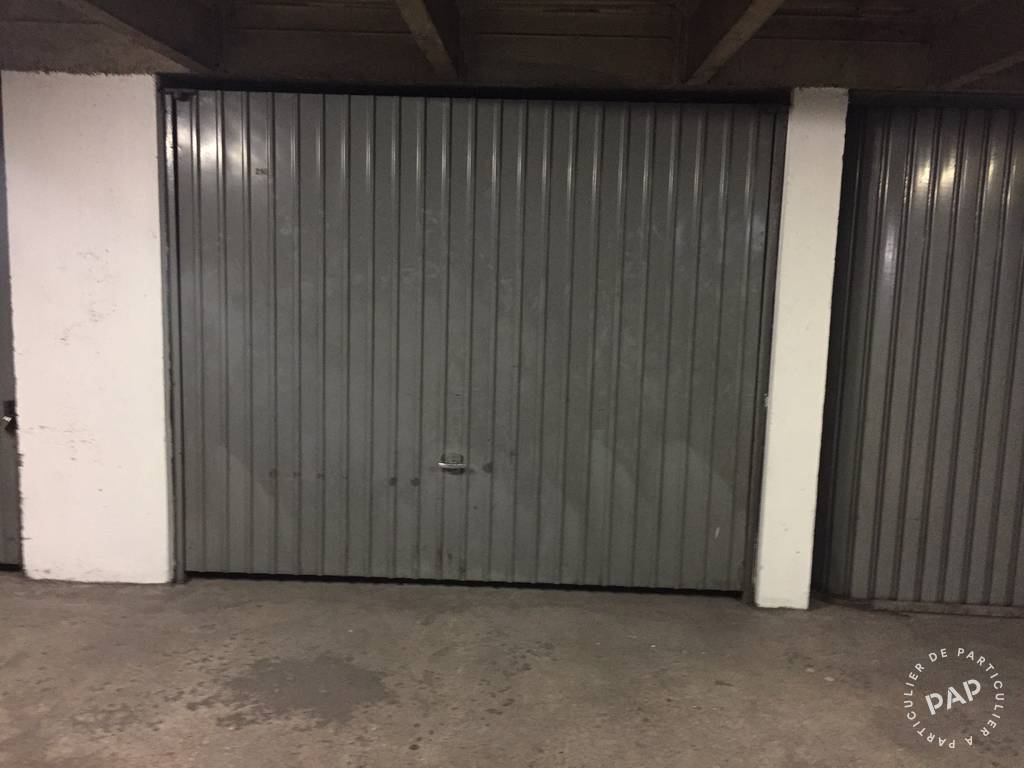 Location garage parking paris 12e 140 e de for Location box garage particulier