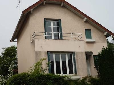 Location maison 96m² Verrieres-Le-Buisson (91370) - 1.875€