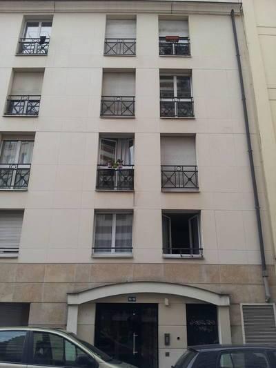 Location meublée studio 18m² Paris 19E - 775€