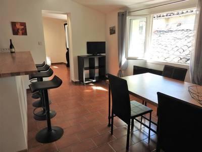 Location meublée appartement 2pièces 60m² Sommieres (30250) - 595€