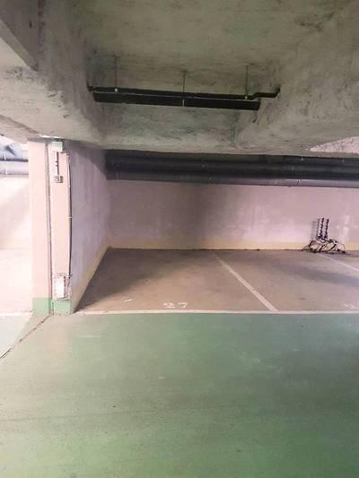 Location garage, parking Paris 10E - 140€