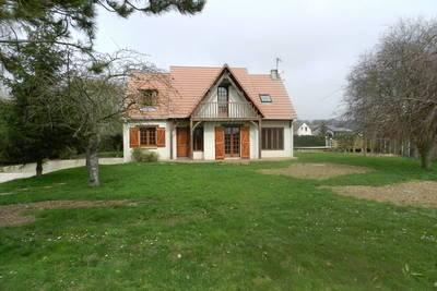 Location maison 132m² Boisset-Les-Prevanches (27120) - 1.390€