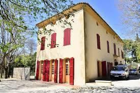 Location meublée appartement 3pièces 96m² Aix-En-Provence (13) - 1.750€