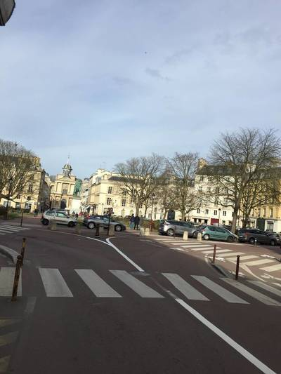 Location appartement 2pièces 33m² Versailles (78000) - 800€