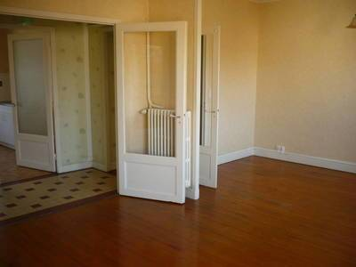 Location appartement 3pièces 76m² Clermont-Ferrand (63) Theix