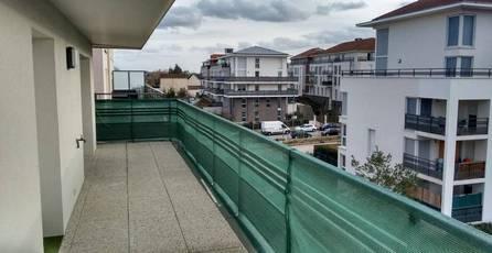 Location appartement 3pièces 60m² Corbeil-Essonnes (91100) - 695€