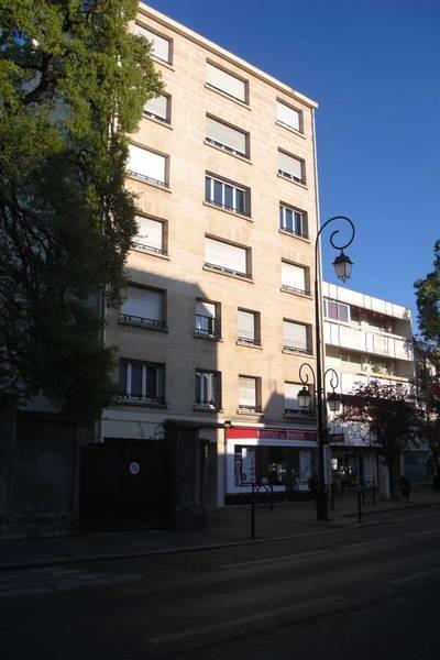 Location appartement 2pièces 44m² Saint-Maur-Des-Fosses (94) - 950€
