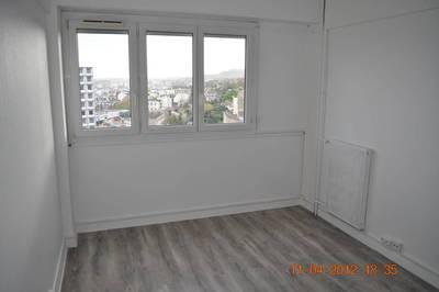 Location appartement 2pièces 51m² Puteaux (92800) - 1.300€