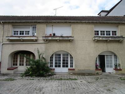 Location meublée appartement 2pièces 27m² Melun (77000) - 545€