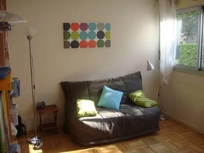 Location meublée studio 42m² Lyon 6E - 670€