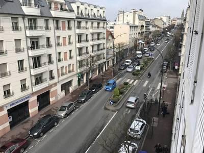 Location appartement 2pièces 29m² Le Raincy (93340) - 770€