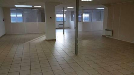 Location bureaux et locaux professionnels 228m² Cran-Gevrier (74960) - 1.500€
