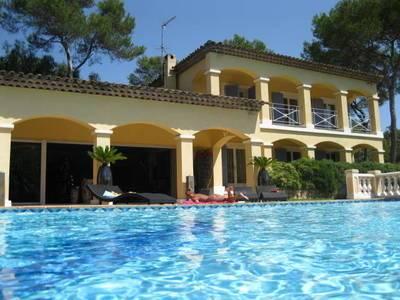 Location meublée maison 350m² Valbonne (06560) - 6.500€