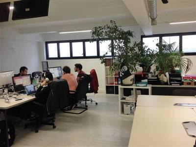 Location bureaux et locaux professionnels 103m² Asnieres-Sur-Seine (92600) - 2.020€