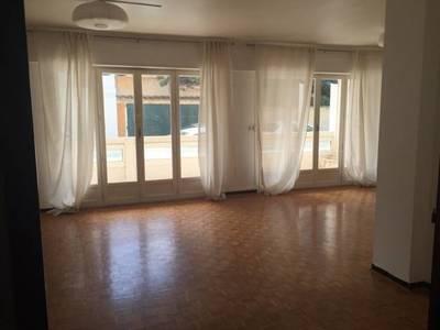 Location appartement 3pièces 70m² Toulon (83) - 880€