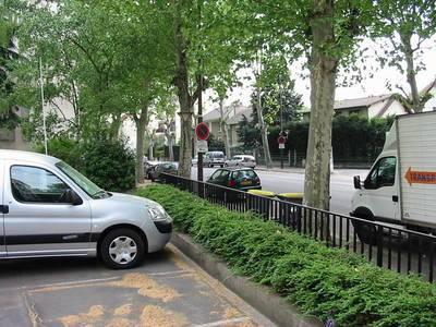 Location meublée chambre 17m² Bourg-La-Reine (92340) - 540€