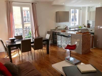 Location meublée appartement 3pièces 60m² Paris 18E - 1.890€