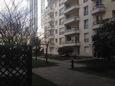 Location appartement 2pièces 47m² Puteaux (92800) - 1.200€
