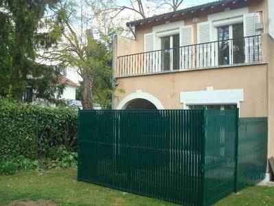 Location appartement garches appartement louer garches for Piscine garches