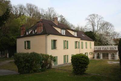Location appartement 2pièces 25m² Fontaine-Le-Port (77590) - 650€