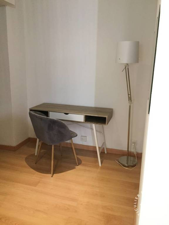 Appartement Marseille 1Er 925 €