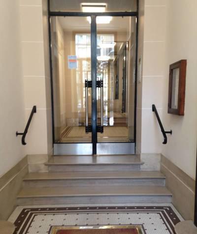 Location meublée studio 11m² Paris 6E - 680€