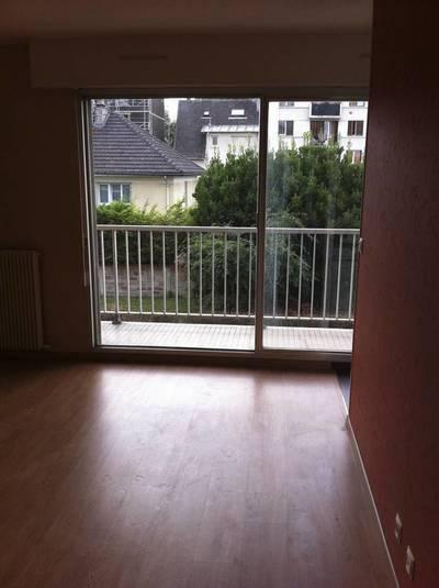 Location appartement 24m² Maisons-Alfort (94700) - 750€
