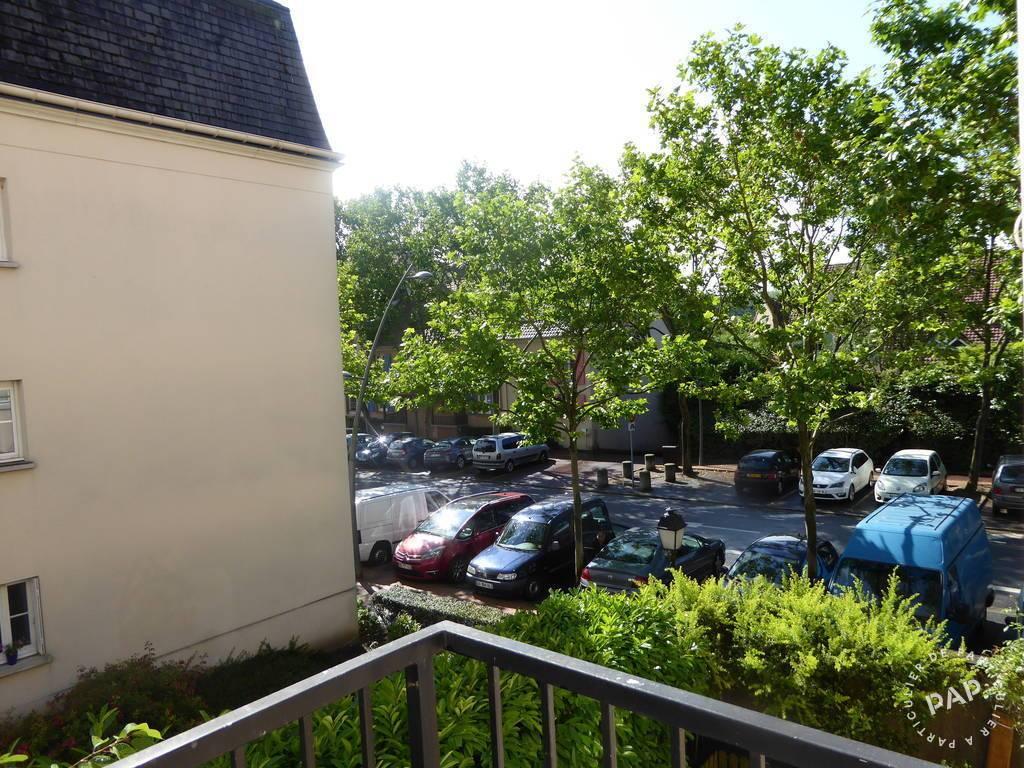 location meubl e appartement 2 pi ces 44 m cergy 95 44 m 820 de particulier. Black Bedroom Furniture Sets. Home Design Ideas