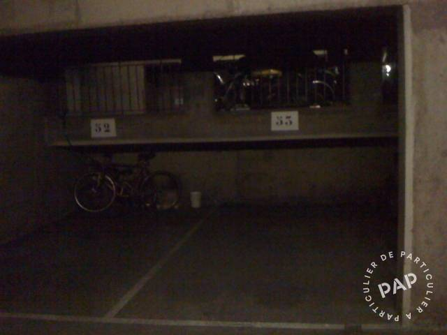 Location Garage, parking Paris 10E  99 €