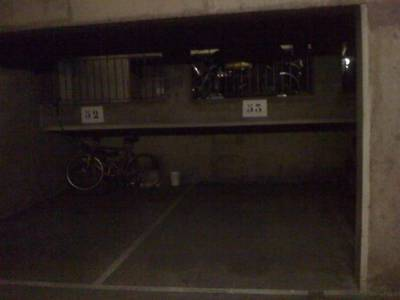 Location garage, parking Paris 10E - 99 €