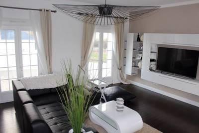 Location meublée maison 230m² Medan (78670) - 2.950€