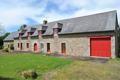 Vente maison 246m² Saint-Georges-De-Reintembault - 180.000€