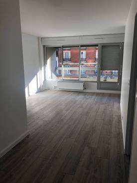 Location studio 35m² Paris 13E - 1.050€