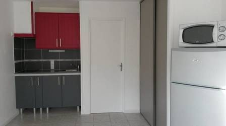 Location studio 20m² Melun (77000) - 510€