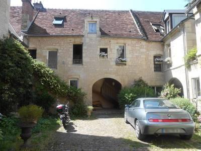 Location studio 24m² Caen (14000) - 370€