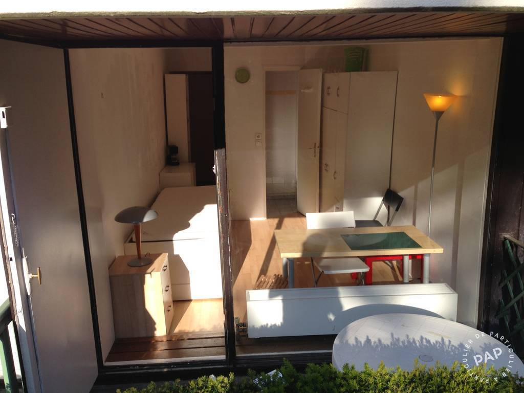 location meubl e studio 15 m versailles 78000 15 m 550 e de particulier particulier. Black Bedroom Furniture Sets. Home Design Ideas