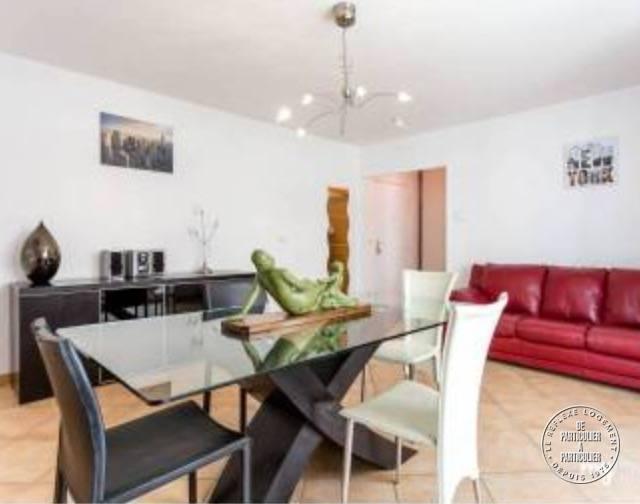 vente appartement 3 pi ces 65 m marseille 10e 65 m de particulier. Black Bedroom Furniture Sets. Home Design Ideas