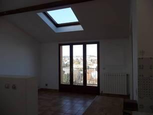 Location appartement 4pièces 85m² L'hay-Les-Roses (94240) - 1.520€