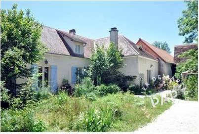 vente maison 170 m saint martial d 39 albarede 24160 170 m de particulier. Black Bedroom Furniture Sets. Home Design Ideas