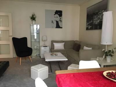 Location meublée appartement 2pièces 50m² Paris 7E - 2.200€