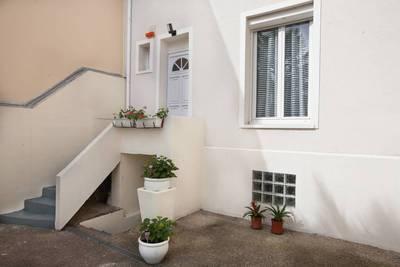 location appartement clamart appartement louer clamart 92140 de particulier. Black Bedroom Furniture Sets. Home Design Ideas