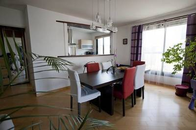 Location appartement 5pièces 97m² Asnieres-Sur-Seine (92600) - 1.950€