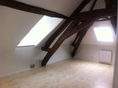 Location studio 27m² Mantes-La-Jolie (78200) - 550€