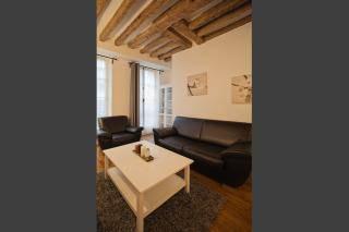 Location appartement 3pièces 60m² Paris 2E - 2.000€