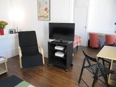 Location meublée appartement 2pièces 32m² Paris 18E - 1.280€