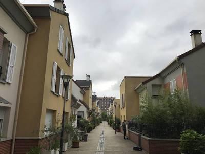 Location appartement 2pièces 47m² Saint-Ouen (93400) - 1.290€