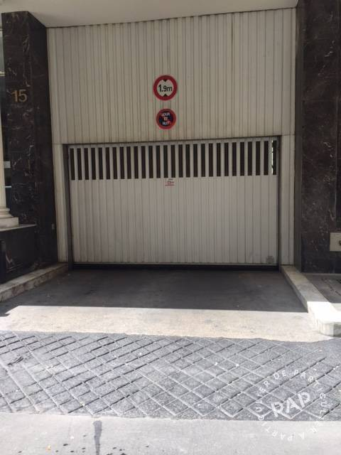 Location Garage, parking Paris 8E  190 €